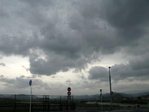 すごい風の今日